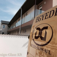 Design-Glass Kft.