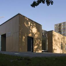 IV. kerületi gyermekorvosi ügyelet - Révész utca (Fotó: Bujnovszky Tamás - epiteszforum.hu)