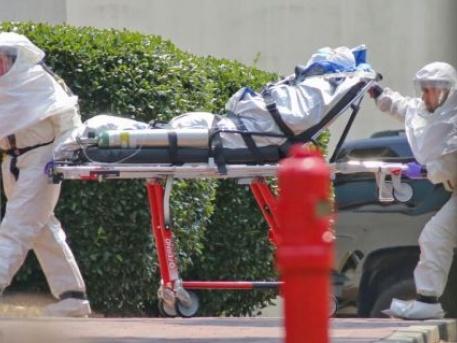 Ebolás beteg szállítása az USA-ban